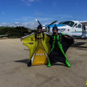 wingsuit skydive xielo