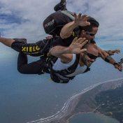 paracaidismo-caribe-colombia-en