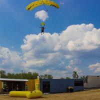 xielo-flandes-tolima-paracaidismo-2